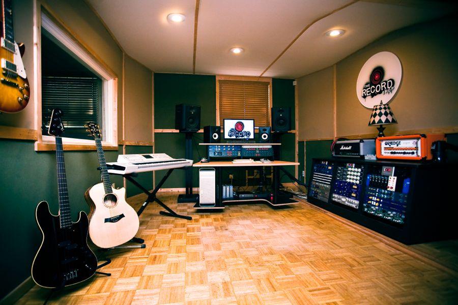 taylor guitars the record shop nashville. Black Bedroom Furniture Sets. Home Design Ideas