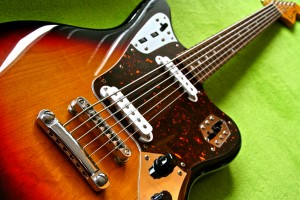 Fender Jaguar Baritone Bass